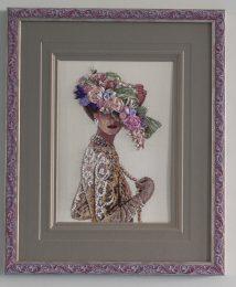 Дама в шляпе с цветами